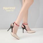 รองเท้าคัทชู ส้นสูง รัดข้อ แต่งหนัง 3 สีตัด สายรัดข้อและส้นแต่งหมุดทองสวยเก๋สไตล์วาเลนติโน ทรงสวย หนังนิ่ม สูงประมาณ 4 นิ้ว ใส่สบาย แมทสวยได้ทุกชุด (A688-63)