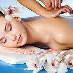 น้ำมันนวดตัว (Body Massage Oil)