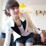 เสื้อคลุมสูท สีขาวครีม แต่งปกและแนวกระดุมสีดำ