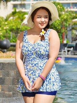 ชุดว่ายน้ำคนอ้วนพร้อมส่ง :ชุดว่ายแฟชั่นสีน้ำเงินแต่งลายดอกไม้สีสันสดใสแบบเก๋ กางเกงขาสั้นใส่ด้านในน่ารักมากๆจ้า:มี Size 3XL,5XL รายละเอียดไซส์คลิกเลยจ้า