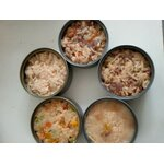 อาหารกระป๋องเปลือยขนาด 160-180 ก. รวมรสเนื้อปลาและเนื้อไก่ในน้ำซุบแพค 1ลัง