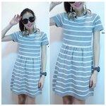 Striped Knit Dress เดรสผ้าไหมพรมลายริ้วบนพื้นสีเทา