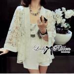 Lady Kasie See-Through Lace Outerwear in White เสื้อคลุมผ้าลูกไม้ซีทรู สีขาว