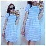 Striped Knit Dress เดรสผ้าไหมพรมลายริ้วบนพื้นสีฟ้า
