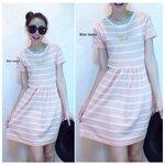 Striped Knit Dress เดรสผ้าไหมพรมลายริ้วบนพื้นสีชมพู