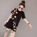 [พร้อมส่ง] เสื้อผ้าแฟชั่นเกาหลี เซ็ตเสื้อ+กางเกงเข้าชุดกัน เนื้อผ้าเกรดดี ตัวเสื้อแขนสั้น คอกลมแบบสวมคอ สีดำ