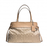 Preorder COACH DRAWSTRING CARRYALL IN SIGNATURE NYLON Style no: 32702