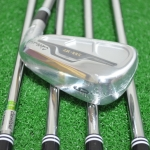 (NEW) CLEVELAND 588 COMBO IRON SET ALTITUDE / MT #4 - PW (7PCS.) STEEL & GRAPHITE FLEX R