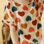เสื้อลายหัวใจสดใส