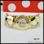 นาฬิกาข้อมือ DKNY เรือนสีทอง แต่งเพชรที่หน้าปัดและสาย