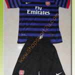 ชุดทีมเยือน Arsenal 2012 -2013