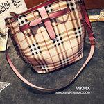 กระเป๋าถือ-สะพายใบใหญ่ลายหลุยตาราง สไตล์เกาหลี มี4 สี [ขายส่ง650.-]