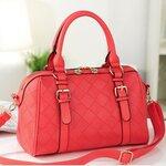 กระเป๋า axixi สีแดง ลายตาราง พร้อมสายสะพายยาว