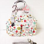 กระเป๋าถือ+สะพาย Chalita wu สีขาว ลายดอกไม้